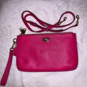 Coach crossbody/shoulder/wristlet bag